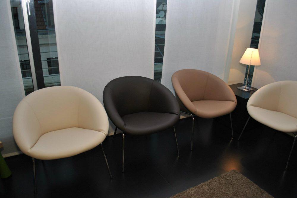 Kunstleder Stühle neu bezogen